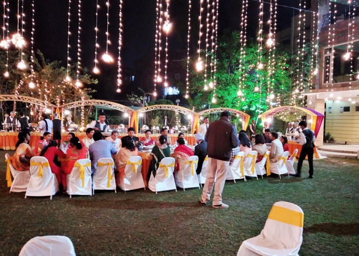 La Fiesta Catering, as one of the Best Caterers in Kolkata, has experience in arranging amazing summer parties and events..